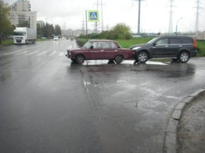 Кто виноват при наезде на автомобиль сзади