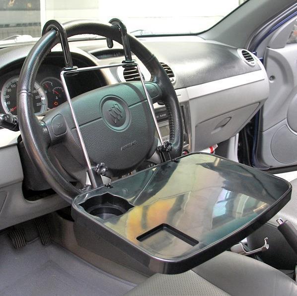 Виды и преимущества автомобильных подставок для ноутбуков