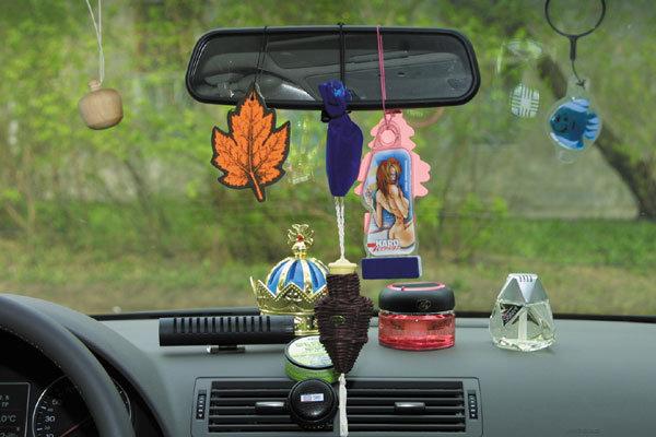 Так ли нужны ароматизаторы в машине??