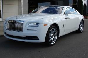 Rolls-Royce Wraith для обеспеченных людей