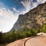 Полезные советы: как с комфортом путешествовать по Крыму на машине