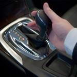 На какой машине лучше учиться вождению?